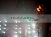 BELFAST,-UNITED-KINGDOM-_-NOVEMBER-16:-Bobby-Gillespie-Primal-Scream-performs-at-St-Georges-Market-on-November-16,-2008-in-Belfast,-Northern-Ireland