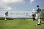 Golfers-about-to-Tee-off-at-Scrabo-Golf-Club,-Newtownards,-County-Down,-Northern-Ireland.