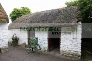 thatched-traditional-out-house-Bunratty-Folk-Park,-County-Clare,-Republic-Ireland