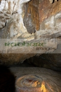 stalactites-stalagmites-rimstone-pool-in-Marble-Arch-Caves-European-Geopark-show-caves-national-nature-reserve,-County-Fermanagh,-Northern-Ireland