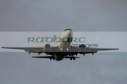 Easyjet-Boeing-737-700-on-final-evening-approach-to-Belfast-International-Airport,-Aldergrove,-Northern-Ireland