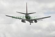 Easyjet-Boeing-737-700-plane-on-approach,-belfast-international-airport,-aldergrove,-county-antrim,-northern-ireland.